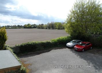 Thumbnail Studio to rent in Hellyer Way, Bourne End