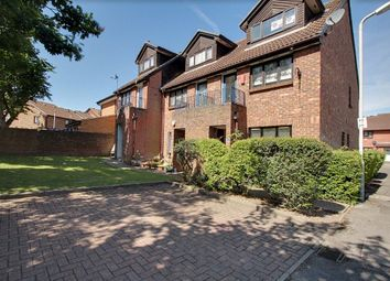 Thumbnail 1 bed maisonette for sale in Coulter Close, Hayes