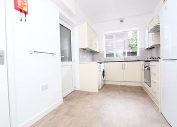 Thumbnail Studio to rent in Woodford Road, London