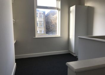 2 bed flat to rent in Dalby Square, Cliftonville, Margate CT9