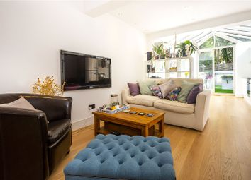 2 bed maisonette for sale in Munster Road, London SW6