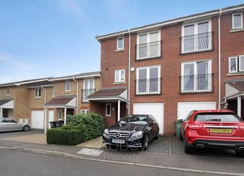 Thumbnail 4 bed town house to rent in Primrose Close, Luton