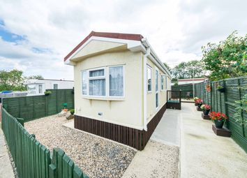 Thumbnail 2 bed mobile/park home for sale in Attwood Close, Basingstoke