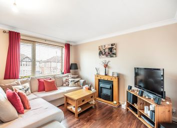Thumbnail 2 bedroom flat for sale in Hodder Drive, Perivale, Greenford