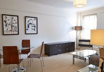 Thumbnail 2 bed flat to rent in Fulham Road, Kensington