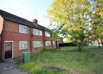 2 bed maisonette to rent in Summit Close, Edgware, Middlesex HA8