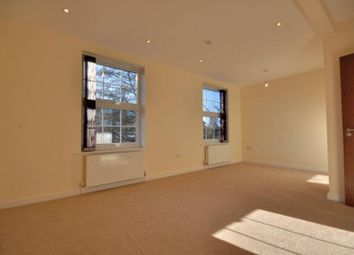 Thumbnail 2 bedroom flat to rent in Uxbridge Road, Hatch End, Middlesex