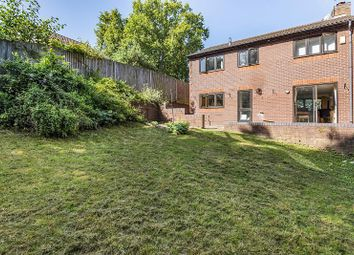Thumbnail 4 bed detached house for sale in Barn Owl Way, Burghfield Common, Reading