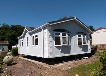 Thumbnail 2 bed mobile/park home for sale in Breach Barns Lane, Waltham Abbey