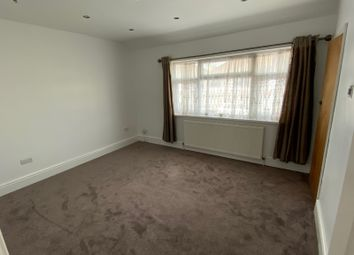 Room to rent in Middleham Road, London N18