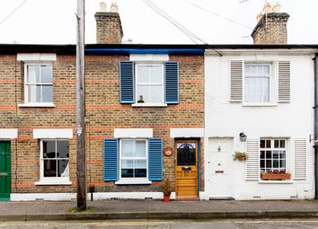 Thumbnail 2 bed cottage to rent in Richmond, Surrey