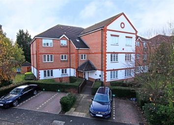 Thumbnail 1 bed flat to rent in Meadow View, Chertsey, Surrey