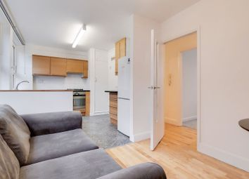 Thumbnail 3 bedroom flat to rent in Guilford Street, Bloomsbury, London