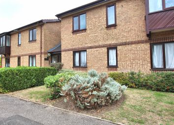 Thumbnail 2 bed flat for sale in Poets Chase, Aylesbury