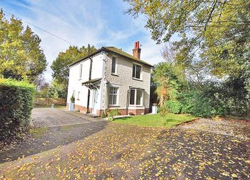 Thumbnail 3 bed detached house to rent in Tower Lane, Bearsted, Maidstone
