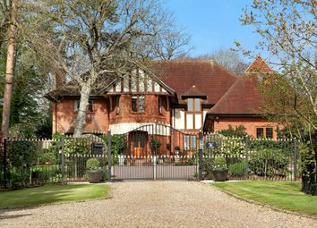 Thumbnail 5 bed detached house for sale in Pavilion End, Knotty Green, Beaconsfield