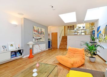 Thumbnail 3 bed property for sale in Batley Place, Stoke Newington