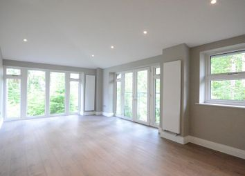 Thumbnail 2 bed flat to rent in Wellington Business Park, Crowthorne