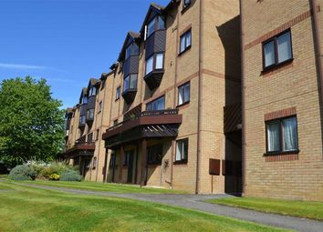 Thumbnail 1 bed flat for sale in Hawkshill, St Albans, Hertfordshire