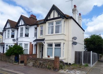 Thumbnail 2 bed flat to rent in Pall Mall, Leigh On Sea, Leigh On Sea