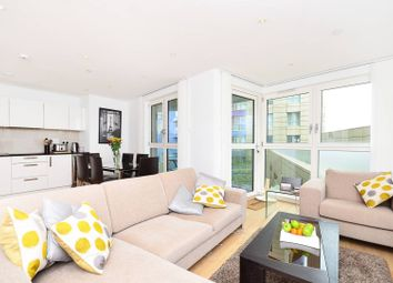 Thumbnail 3 bed flat to rent in Queensland Road, Holloway