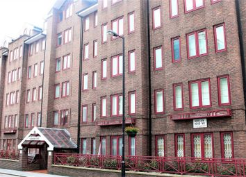 Thumbnail Flat to rent in Moscow Road, London