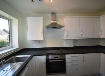 Thumbnail 3 bed flat to rent in Elizabeth Road, Basingstoke