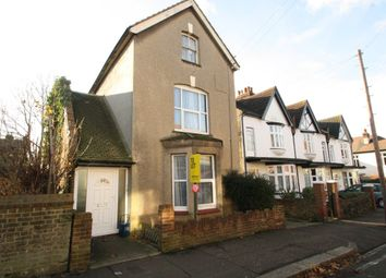 Thumbnail 2 bed flat to rent in St. Helens Road, Westcliff-On-Sea