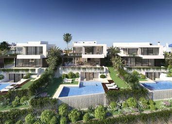 Thumbnail 4 bed villa for sale in Spain, Málaga, Estepona, El Paraiso