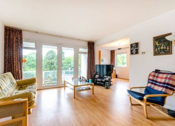 Thumbnail 2 bed flat for sale in Queens Ride, Barnes