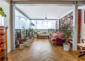 Cardwell Terrace, London N7. 4 bed flat for sale