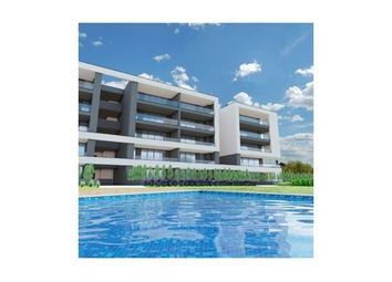 Thumbnail 4 bed apartment for sale in Portimao, Western Algarve, Portugal