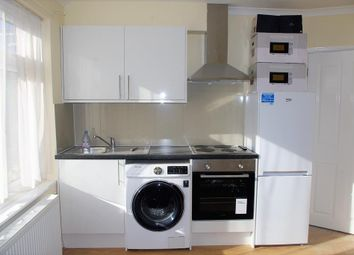 Thumbnail Room to rent in Neasden Lane North, London