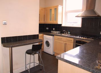 Thumbnail 5 bed shared accommodation to rent in Burdett Road, Mile End