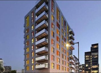 Thumbnail 1 bed flat to rent in The Boatyard, Cotall Street, Langdon Park, Canary Wharf, London