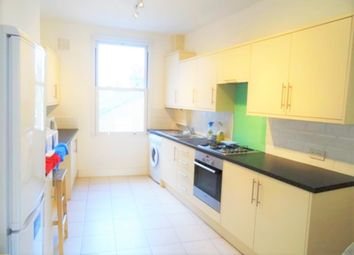 Thumbnail 2 bed flat to rent in Lavender Hill, Clapham Junction, London