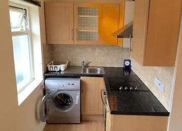 Thumbnail 2 bed flat to rent in Willesden Junction, London
