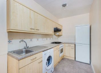Thumbnail 1 bed flat to rent in Balham Hill, London