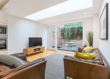 Thumbnail 2 bed flat to rent in Hill Grove Court, Windsor Walk, London