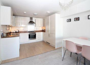 Thumbnail 1 bed flat for sale in Woodman House, Lyndon Avenue, Blackfen, Sidcup