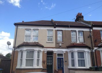 Thumbnail Room to rent in Myrtledene Road, London
