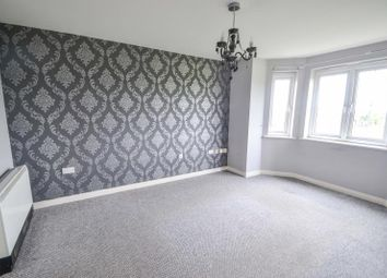 2 bed flat to rent in 32 Chandlers Court, Victoria Dock, Hull HU9