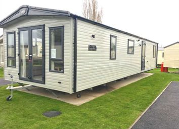 Thumbnail 2 bed mobile/park home for sale in St Osyth Beach Holiday Park, Beach Road, St Osyth, Clacton-On-Sea