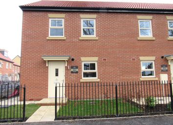 Thumbnail 3 bedroom town house for sale in Maybury Road, Hull