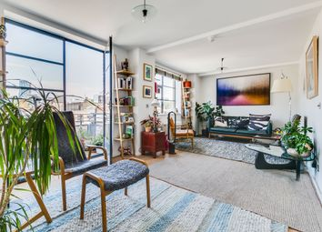 Thumbnail 3 bedroom flat for sale in Bowling Green Lane, London