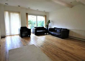 4 bed property to rent in Grey Fell Close, Stanmore HA7