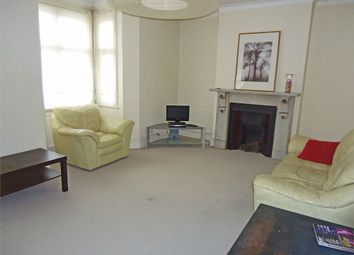 Thumbnail 3 bed flat to rent in Croydon Road, Beckenham