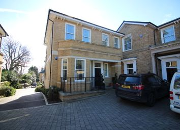 Thumbnail 2 bed maisonette to rent in Imperial Grove, Hadley Wood
