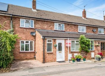 Thumbnail 3 bedroom terraced house for sale in Austins Mead, Bovingdon, Hemel Hempstead, Hertfordshire