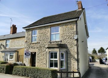 Thumbnail 3 bed detached house for sale in Oxford Road, Calne